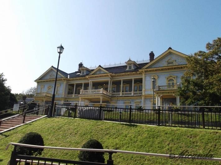 和洋折衷な建物「旧函館区公会堂」