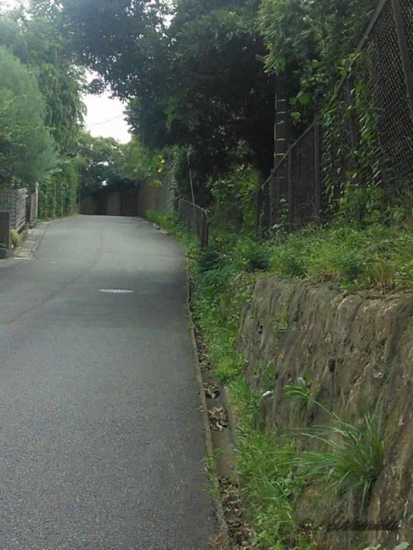 鎌倉山のきつい坂