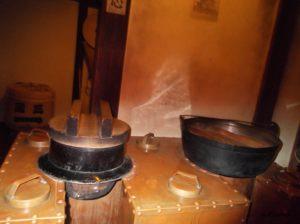 江東区深川江戸資料館の船宿の玄関にある釜