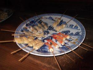 江東区深川江戸資料館の火除け地にある天ぷらの屋台の天ぷら(食べられません)