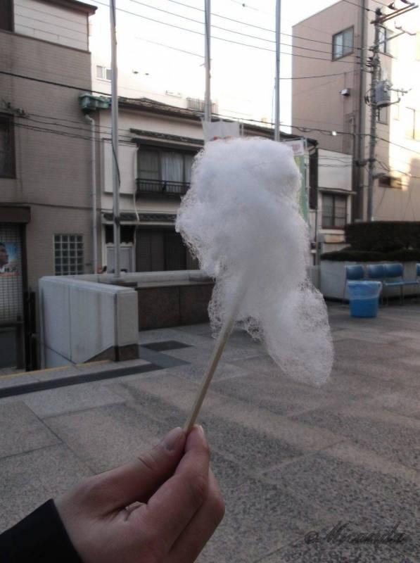 江東区深川江戸資料館で出ていた綿菓子の屋台でもらった最後の綿菓子