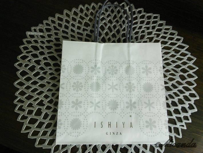 ISHIYA GINZAのショッピングバック