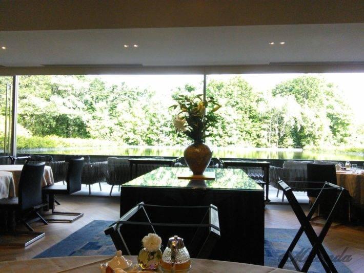 ザ・ひらまつ ホテルズ&リゾーツ仙石原の朝食の風景