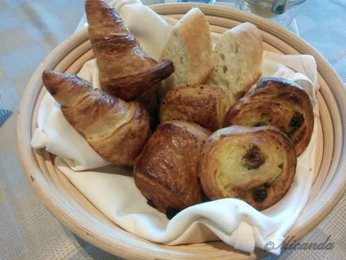 ザ・ひらまつ ホテルズ&リゾーツ仙石原の朝食の自家製パン